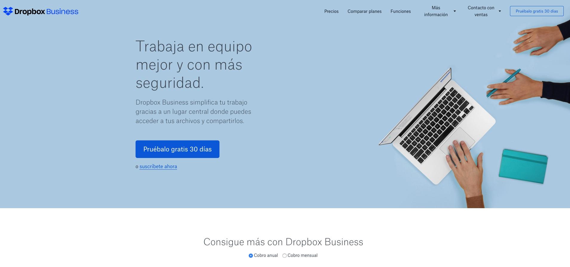 Dropbox usa mucho el color azul para transmitir confianza y seguridad.
